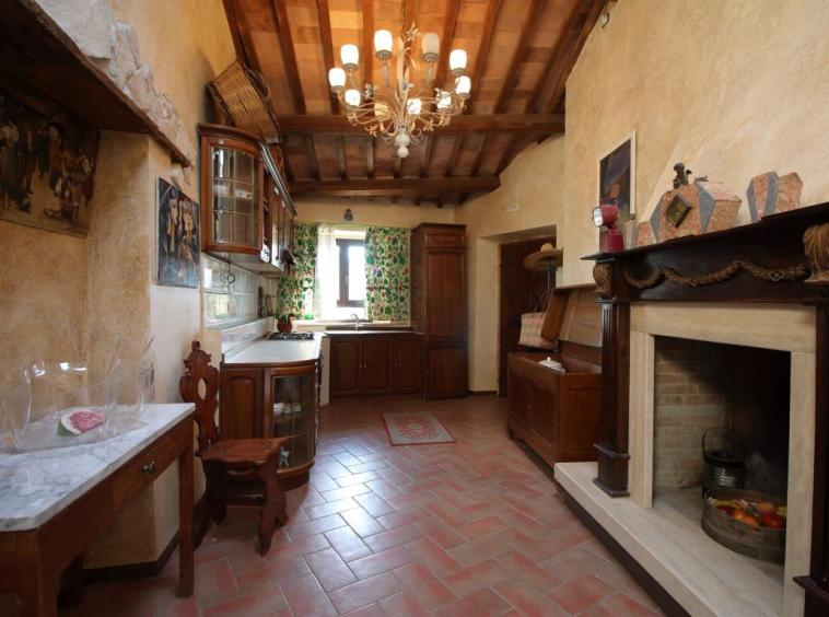 5 - Poggiolo - Calvi dell'Umbria - Cucina - Tinello