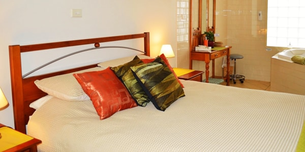 Strathlyn Estate Bed And Breakfast - Lemon Tree Spa Apartment