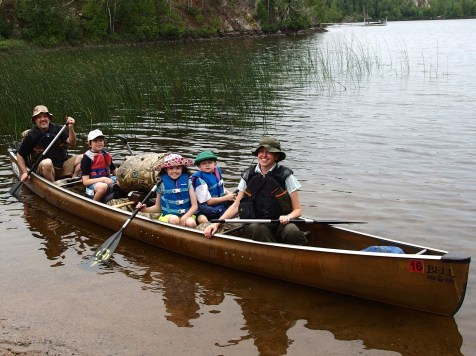 Tuscarora Lodge & Canoe Outfitters Family in canoe
