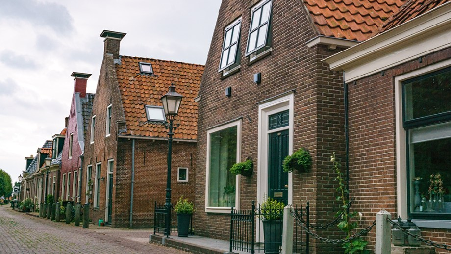 How to get to Ijlst, Friesland from Amsterdam   Best things to do in Ijlst   Off the beaten path cities Netherlands