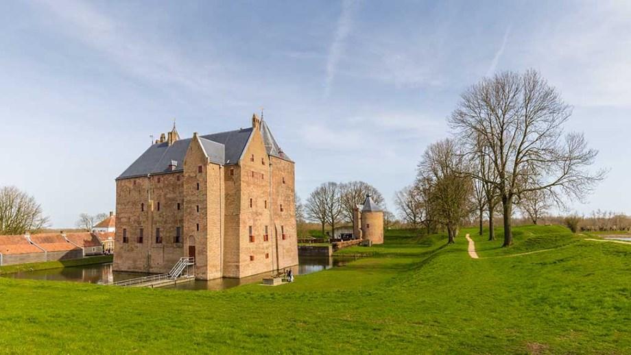 Castle Slot Loevestein in Poederoijen, Woudrichem, Gelderland, Netherlands. Most famous castle of the Netherlands.