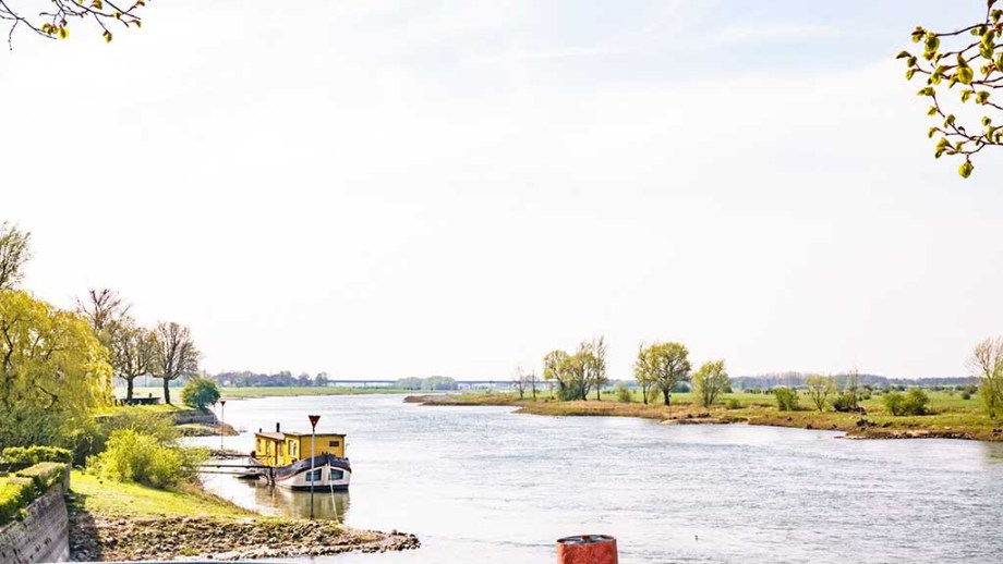 A view on one of the biggest rivers of The Netherlands: the Ijssel in Gelderland near Zutphen