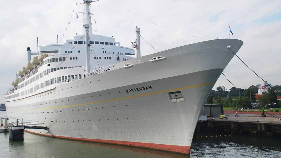 SS rotterdam: The most iconic ship from the Holland Amerika line in dock