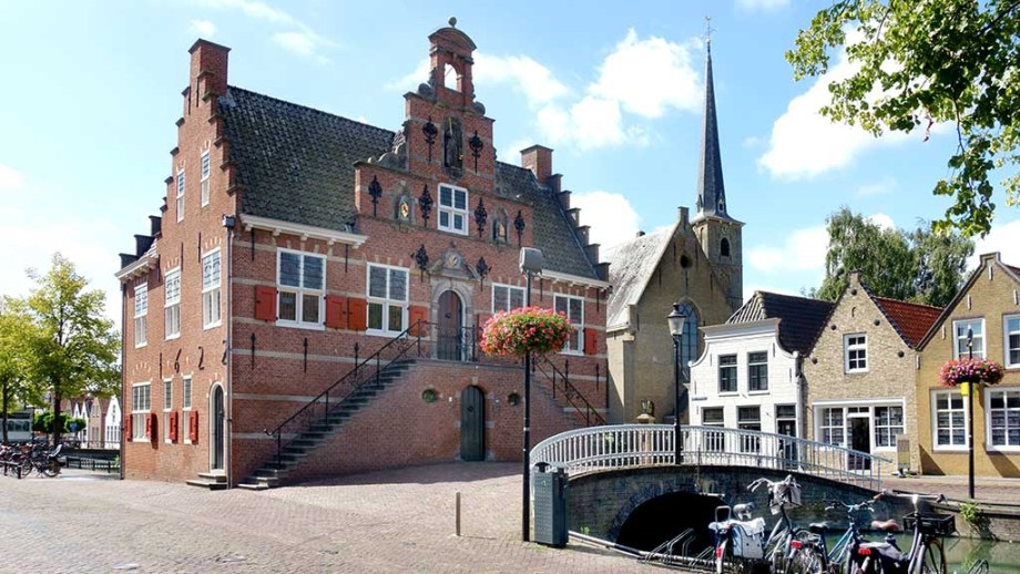 Front facade of former city hall (anno 1622) in old town of Oud-Beijerland, Hoeksche Waard, South Holland, Netherlands