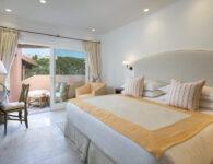 Cervo-162405-Presidential Suite bedroom