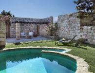 Nuraghe junior suite con piscina