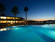 corte_rosada_night_pool