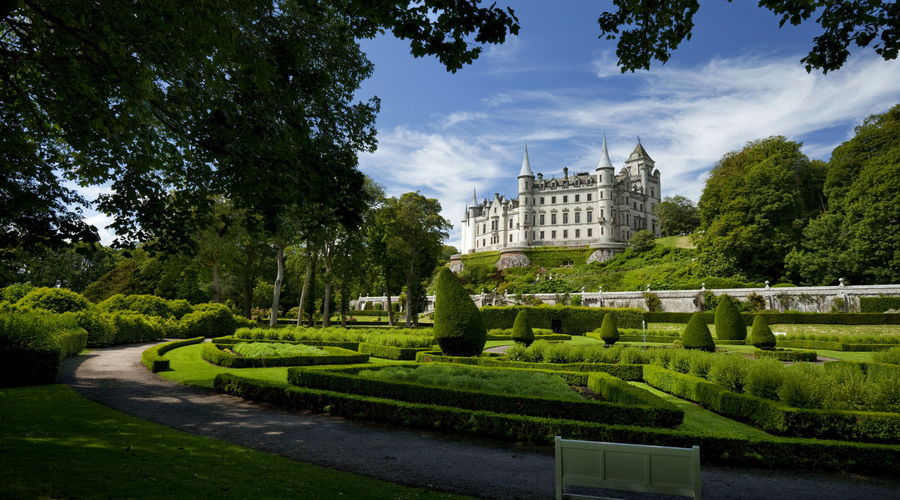 Dunrobin Castle, near Golspie, Sutherland, Highlands of Scotland Picture Credit : Paul Tomkins / VisitScotland