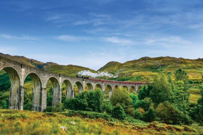 在車上就拍不出這張了 From Visit Scotland