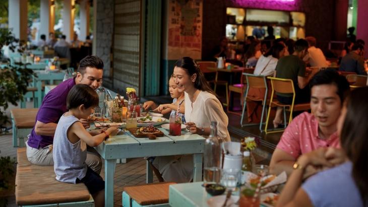Family Friendly Restaurants 60025