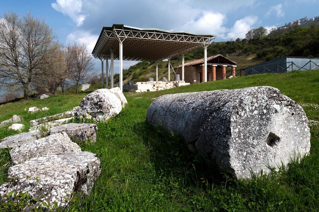 Templi Italici Schiavi d'Abruzzo