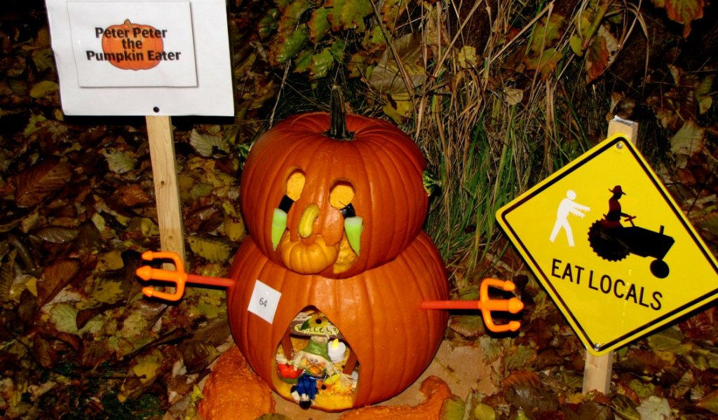 spooktacular pumpkin walk west kelowna