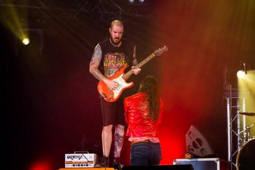 Brandon Yeagley et Chris Bishop de Crobot au Hellfest le 18 juin 2016