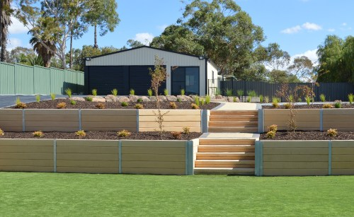 Concrete Sleeper Retaining Walls With Steps