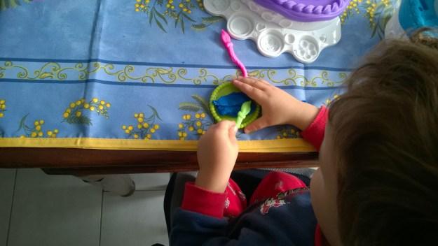 torta pasticciona play doh (5)