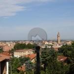 Villa a Cesena in vendita in zona Monte