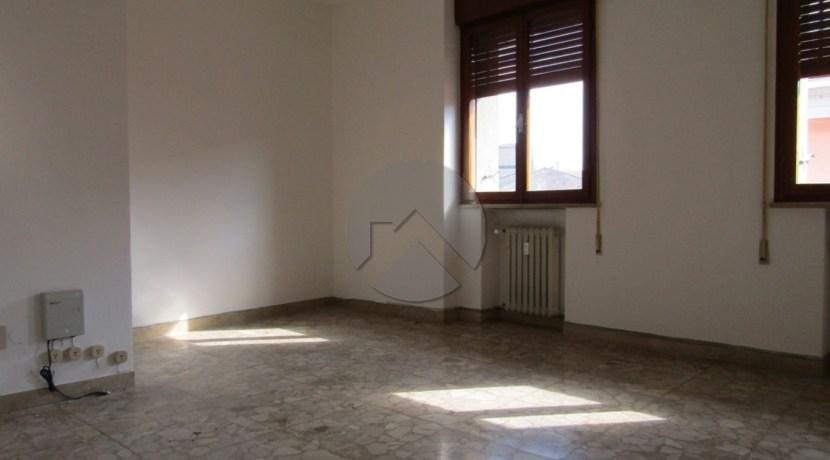 7306-affitto-cesena-centrostorico-ufficio_-003
