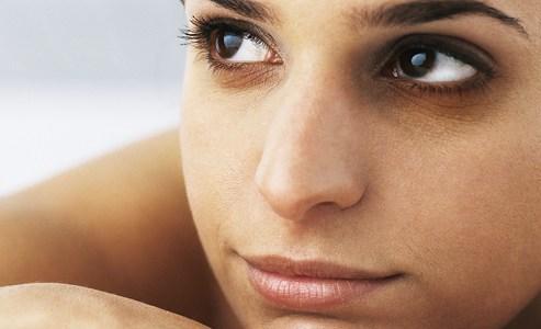 Lebam Bawah Mata Hilang Dengan NutriWhite Overnight Renewal Whitening Cream (Testimoni)