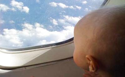tips bawa bayi naik kapal terbang1