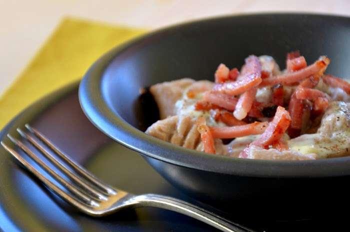 gnocchi di castagne con speck e edelpilz
