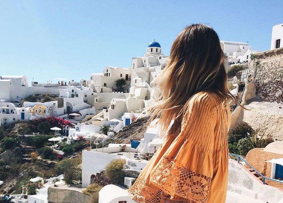 Moda in vacanza: come vestirsi da turista sotto al caldo