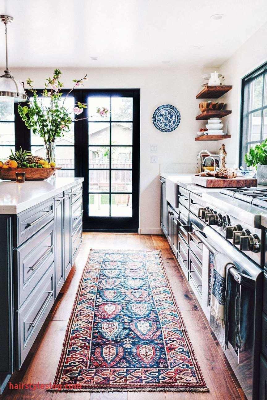 cucina con tappeto