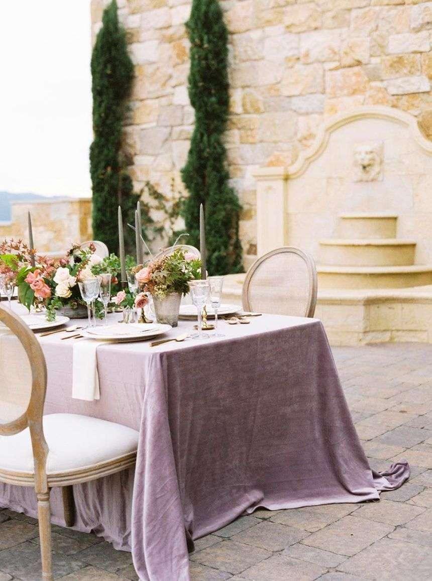 la moda del lilla ai matrimoni