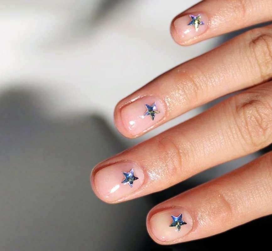 nail art con le stelle