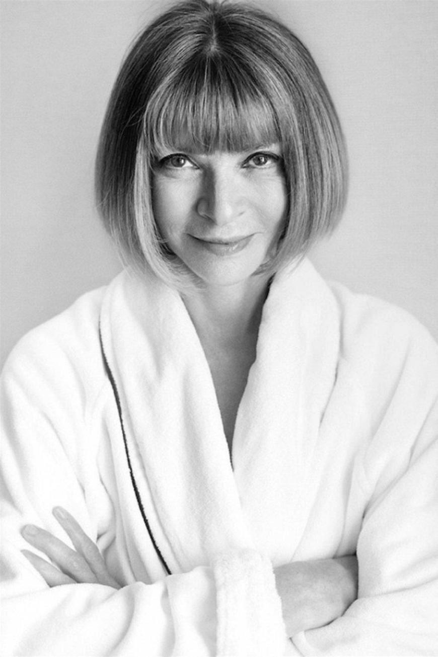 white towel anna wintour