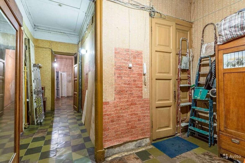 case in russia - ingresso di una kommunalka