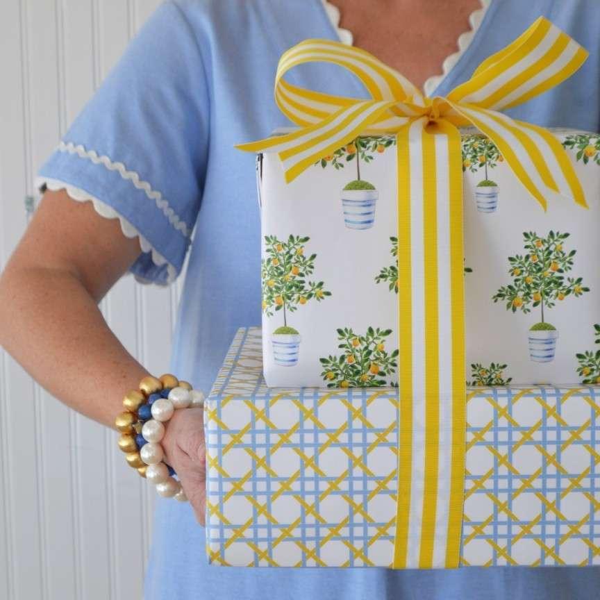 materiale creativo per pacchetti regalo
