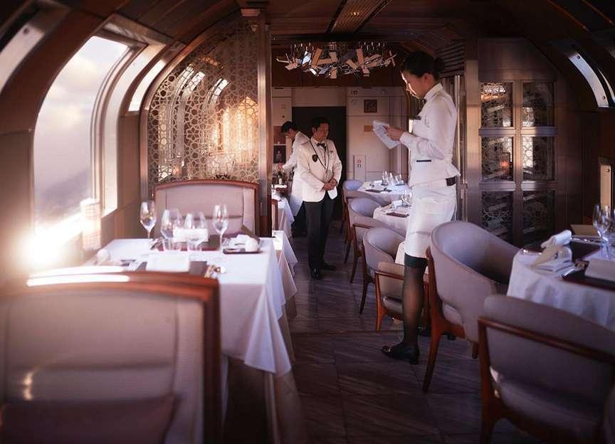 Vagone ristorante treno