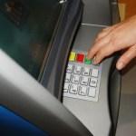 Banco deve indenizar Vítima de golpe ao utilizar um caixa eletrônico fora da agência.