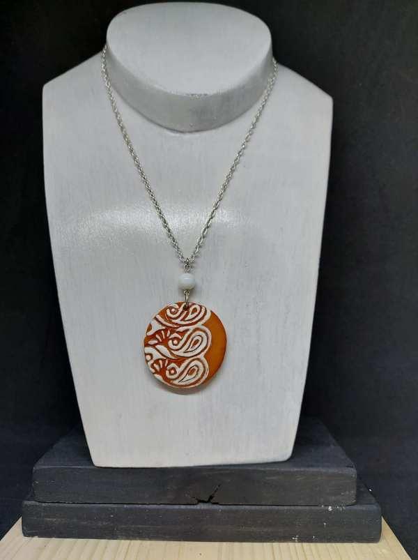 Collier pendentif semi-émaillé