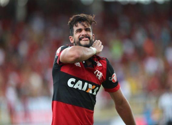 Flamengo vence o Botafogo e vai a final da Taça Guanabara