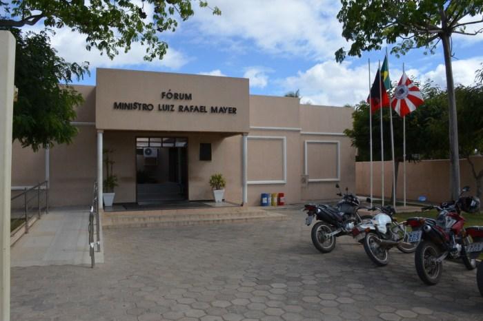Em Monteiro: Justiça condena homem a três anos de reclusão por torcer o punho da esposa