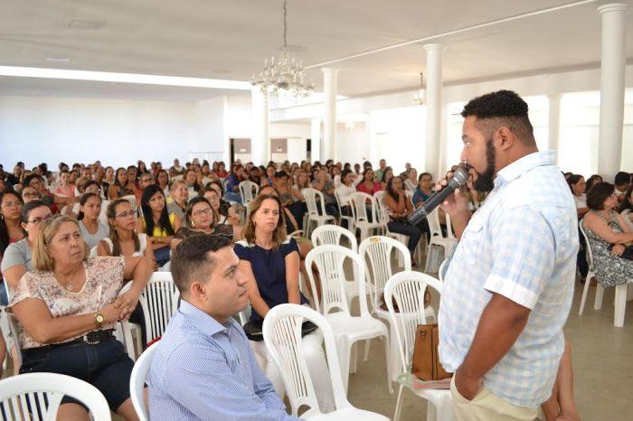 Jornada pedagógica e posse de concursados acontecem nesta segunda-feira em Monteiro