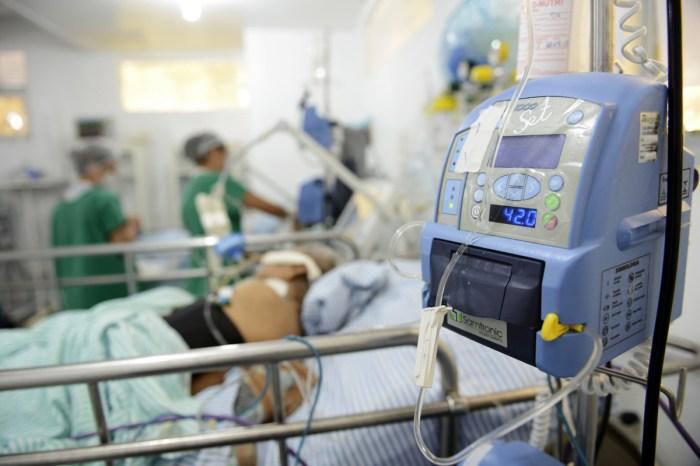 PB: Lei garante internação de pacientes de covid na rede privada