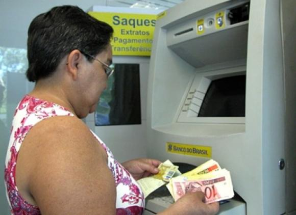Monteiro inicia pagamento do funcionalismo do mês de novembro