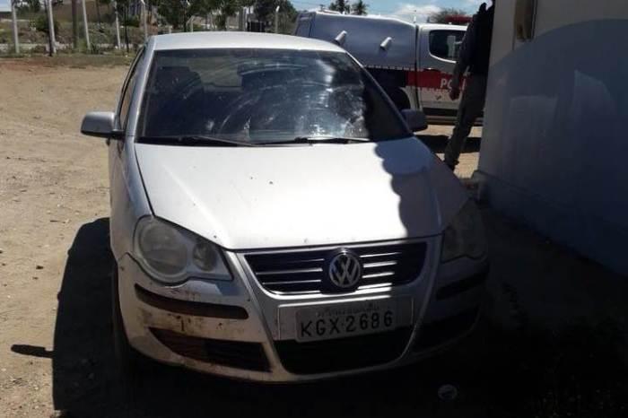 Bandidos assaltam sacoleiros entre Sumé e Congo; Polícia apreende veículo usado na ação