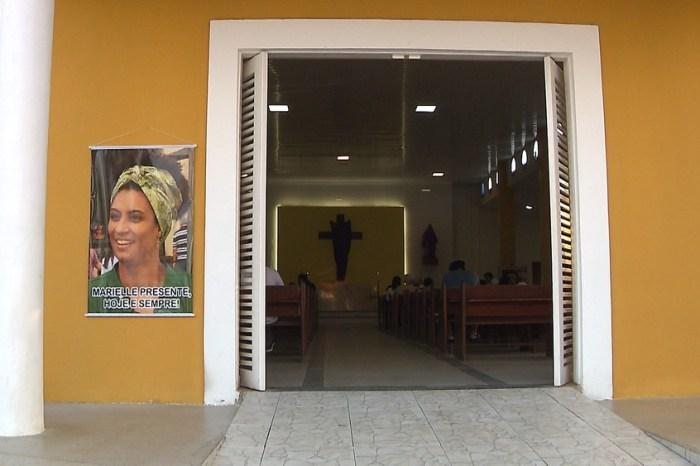 Familiares de Marielle Franco celebram missa de 7º dia em João Pessoa