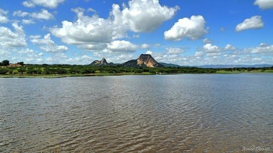 Três açudes ultrapassam capacidade e sangram na Paraíba