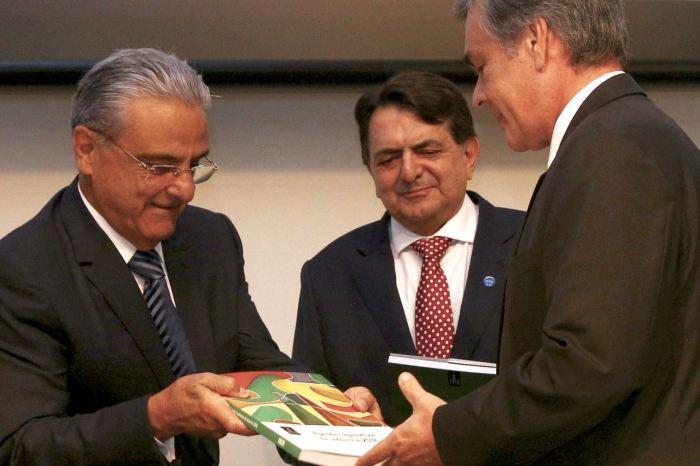 Cássio confirma apoio as pautas da indústria brasileira