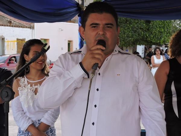 Prefeito de São João do Tigre é acusado de usar carro do PAC em benefício próprio