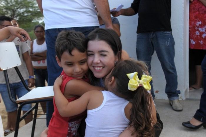 Em artigo, Sérgio Bezerra comenta sobre Monteiro: Deixem a menina trabalhar