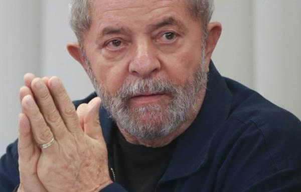 Lula pede ao STF para suspender julgamento no TRF-4 marcado para esta 4ª