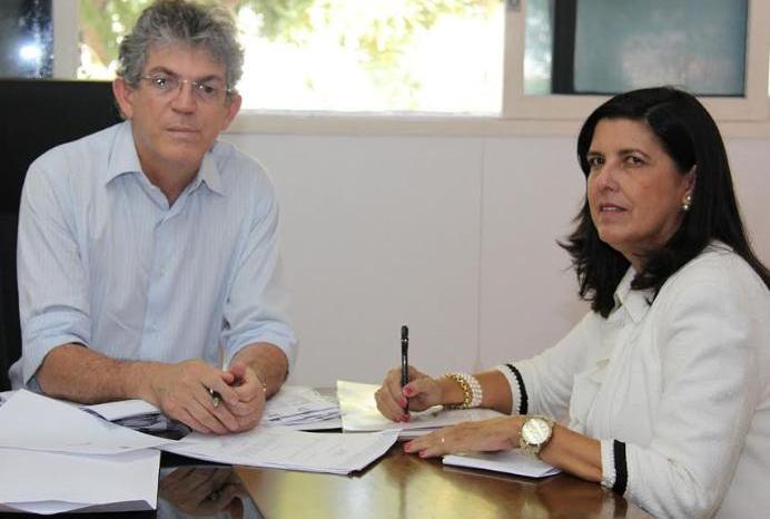 Relator mantém elegibilidade de Ricardo Coutinho e Lígia