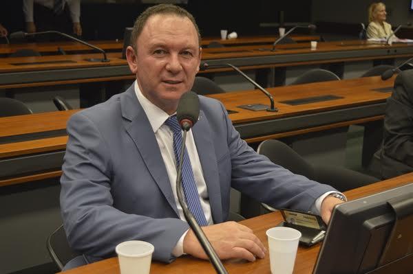 AMCAP repudia pronunciamento do presidente Jair Bolsonaro e cobra soluções
