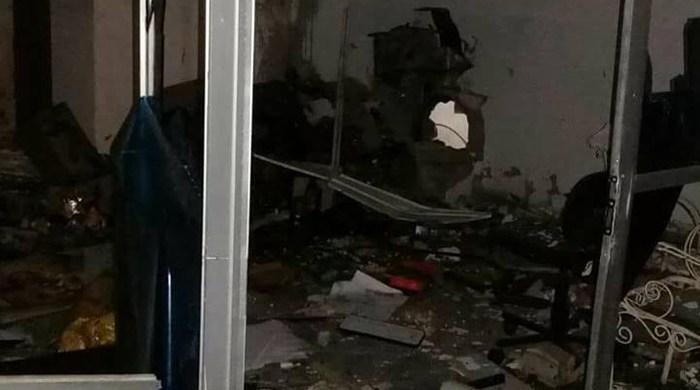 Grupo explode cofre de posto de combustível e foge com dinheiro