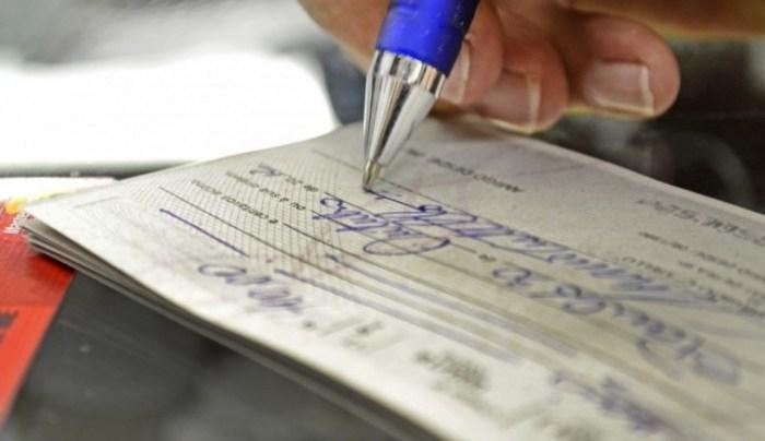 Mudanças nas regras do cheque especial entram em vigor